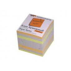 Блок бумажный цветной  90*90 мм 900л WM 003003200